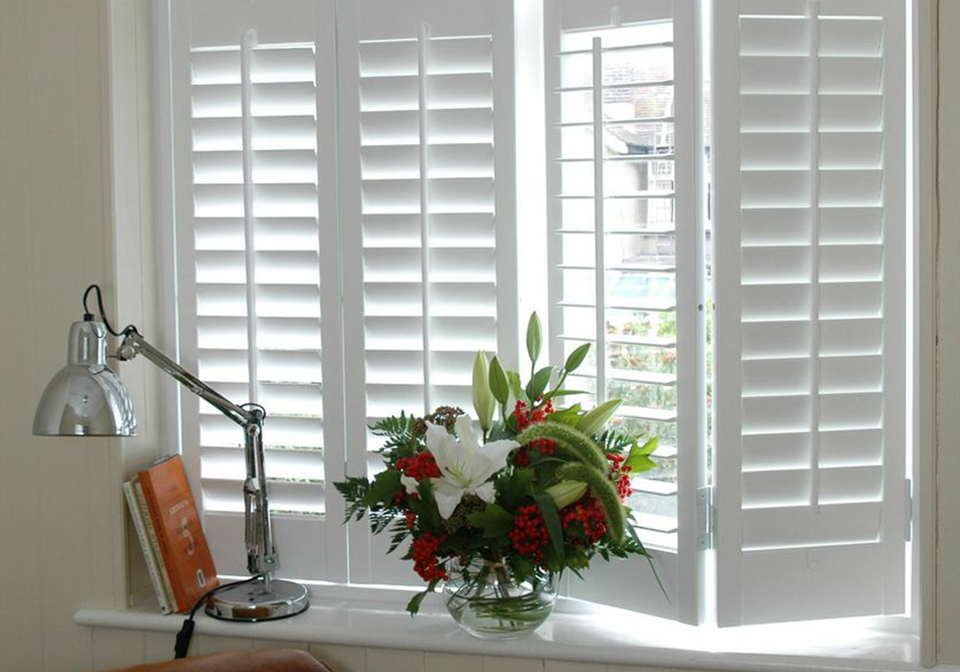 Full height shutters with 64mm slats